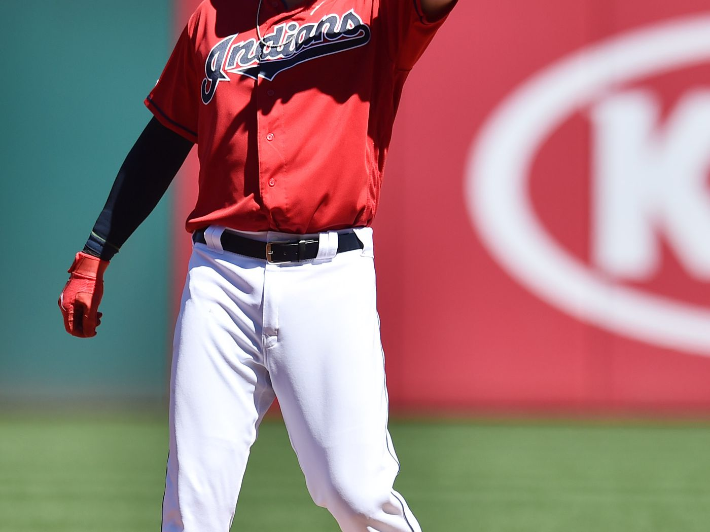 Indians sleepwalk through September in 7-1 loss to White Sox