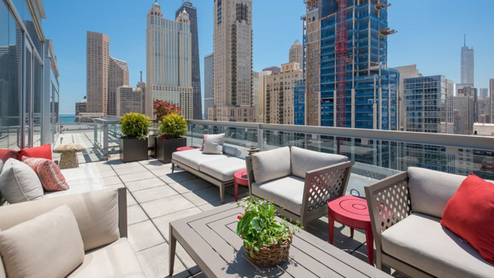 Gold coast high rise penthouse with stunning rooftop for Terrace 59 austin