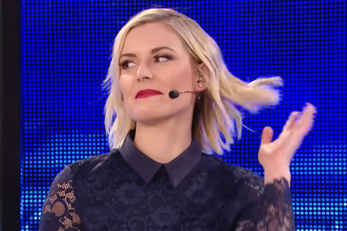 Dean Ambrose Just Sold Us On A Renee Young Match -2448