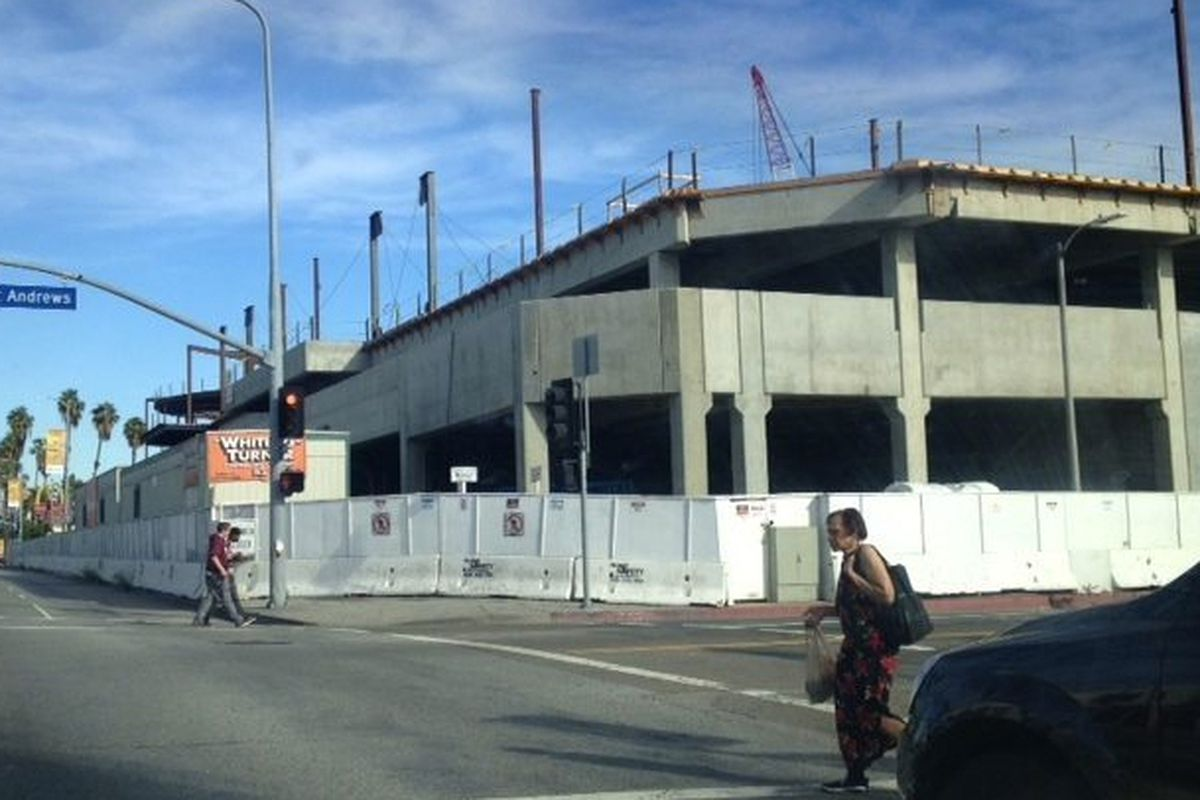 """Image via <a href=""""http://la.curbed.com/archives/2014/03/huge_hollywood_target_rising_even_with_a_lawsuit_underway.php"""">Curbed LA</a><span></span>"""