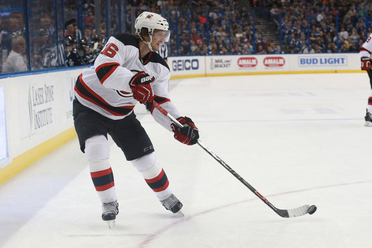 Josefson will return to the Devils on a one-year contract.