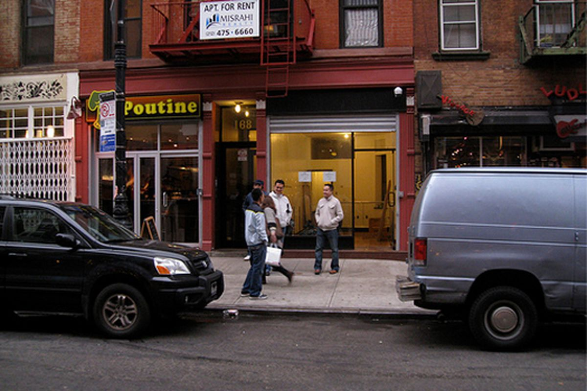 """Image via <a href=""""http://www.boweryboogie.com/2009/11/storefront-update-ppf-consignment-at-168-ludlow.html"""">Bowery Boogie</a>"""