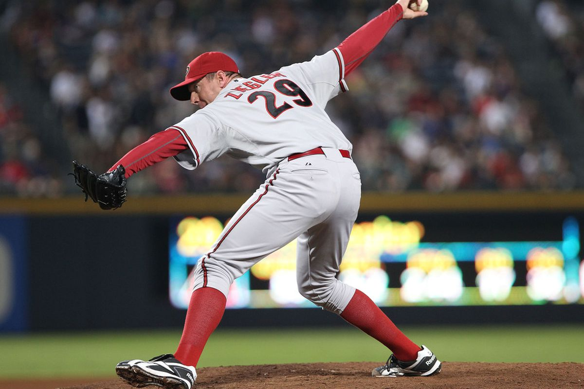 ATLANTA, GA - AUGUST 19:  Relief pitcher Brad Ziegler #29 of the Arizona Diamondbacks throws a pitch during the game against the Atlanta Braves at Turner Field on August 19, 2011 in Atlanta, Georgia.  (Photo by Mike Zarrilli/Getty Images)