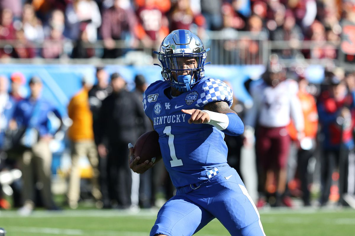 Lynn Bowden Jr. of Kentucky during the Belk Bowl college football game between the Virginia Tech Hokies and the Kentucky Wildcats on December 31, 2019, at Bank of America Stadium in Charlotte, NC.
