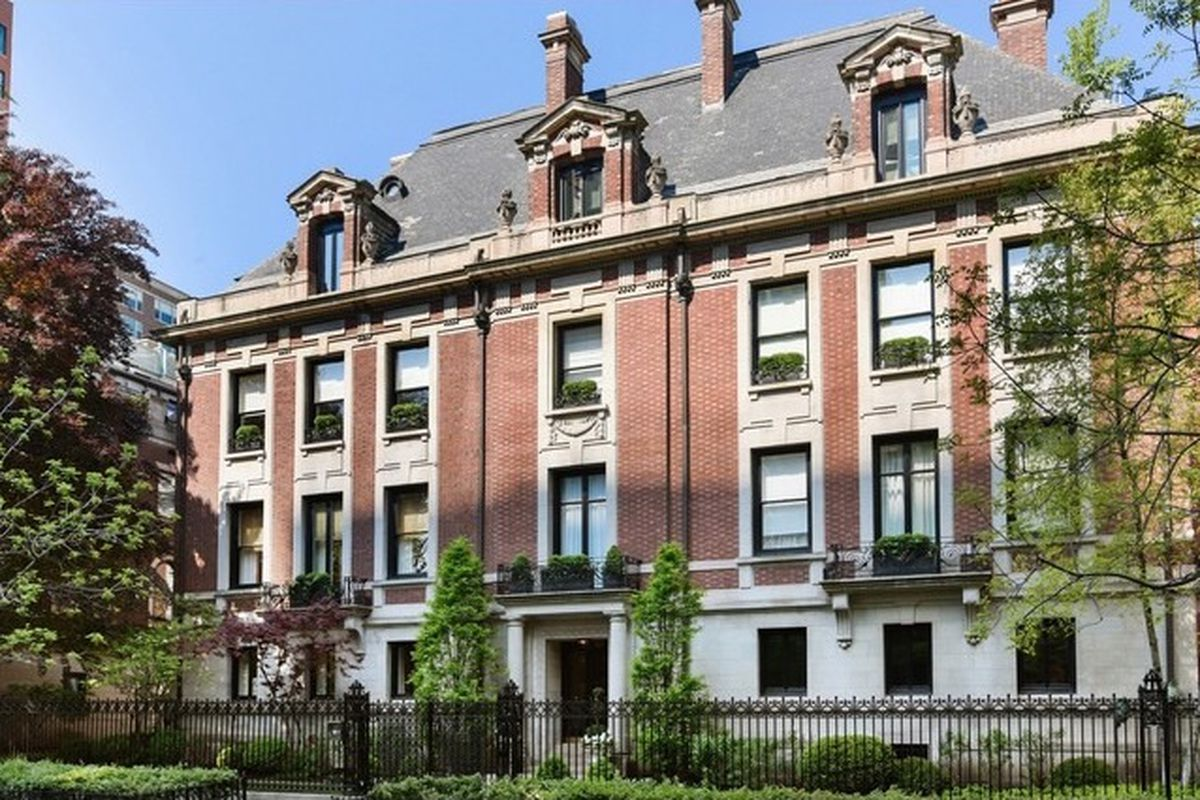 Half floor condo in the original playboy mansion takes for Mansions for sale in chicago