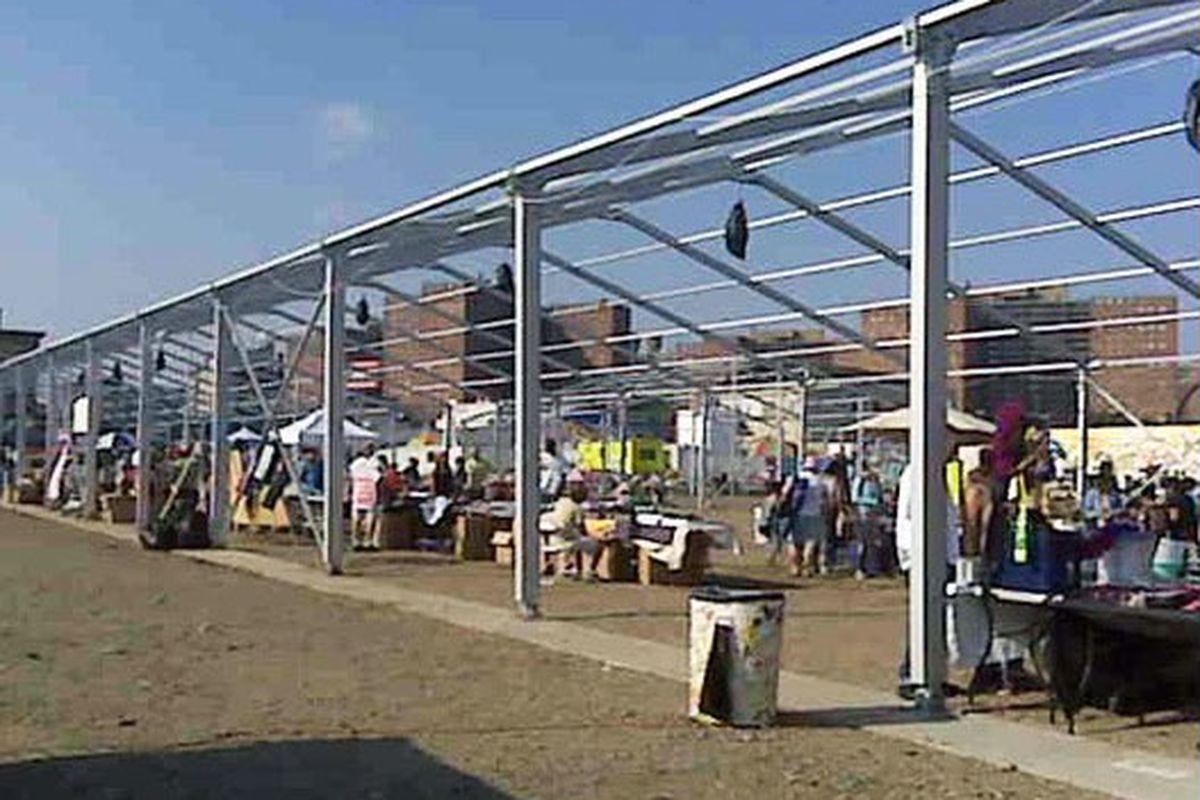 Tumbleweeds roll through Thor's market in 2009