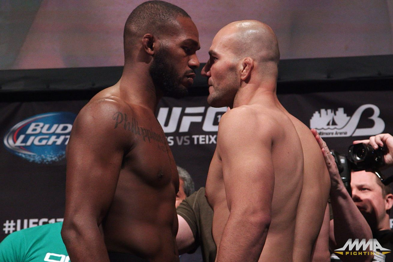 Jon Jones will try to defend his UFC title once again when he faces Glover Teixeira at UFC 172 on Saturday night.