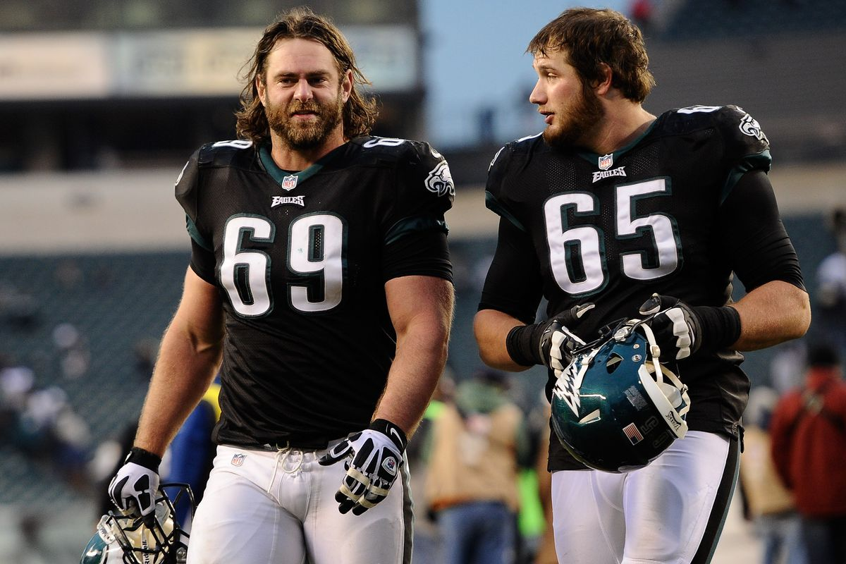 Eagles players had some interesting comments about Evan Mathis ...