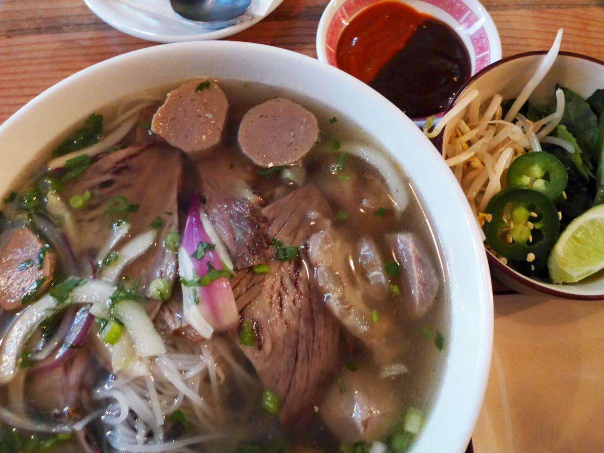 Brisket and beef ball pho, Ho Chi Minh City style