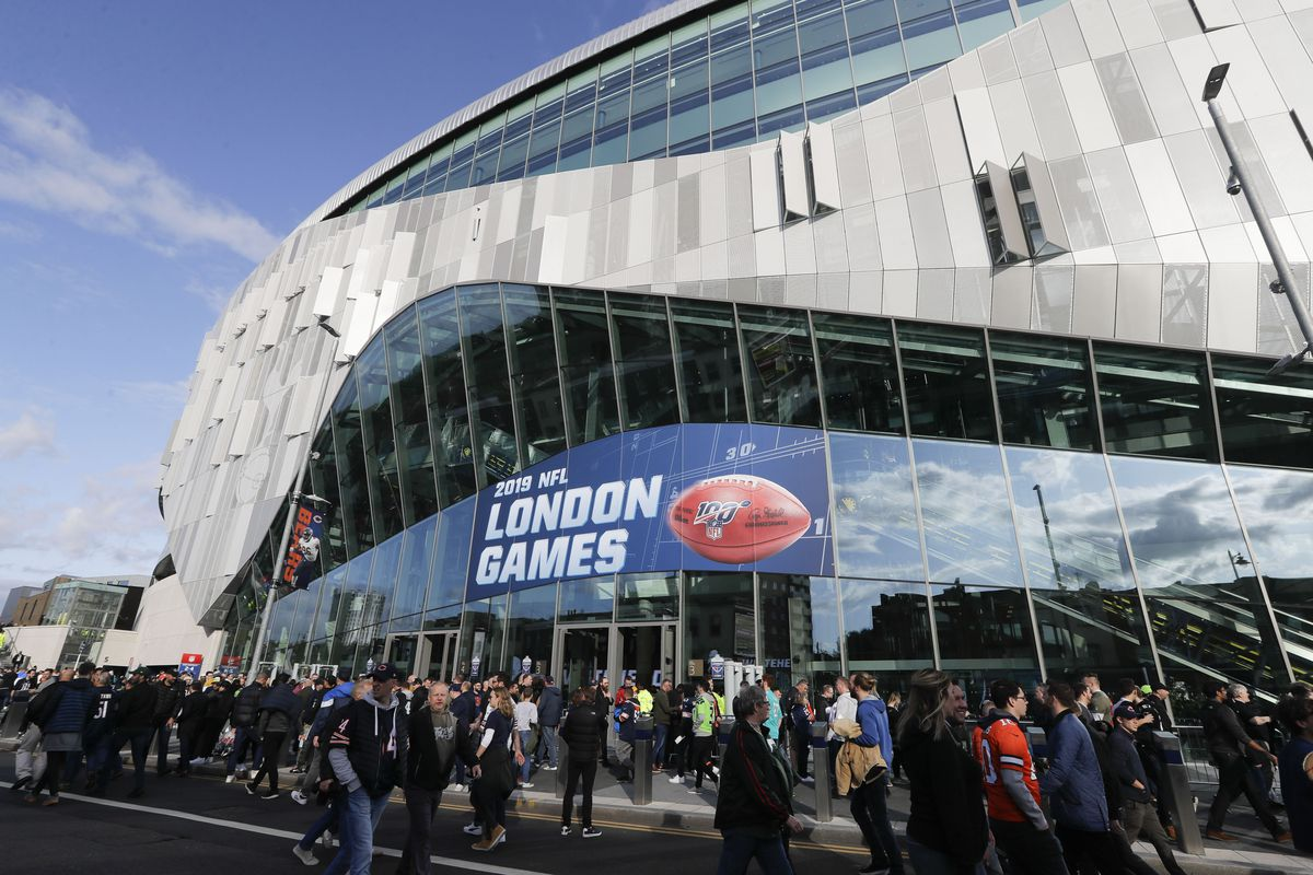 Fans wait to enter Wembley Stadium in London before a game between the Bears and Raiders last season. The NFL plans to move its 2020 London and Mexico City games back to the United States.