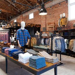 """Founded in Austin by Steve Shuck and Don Weir, the indie retailer's first LA boutique in Venice offers their """"mix of classic, contemporary goods and vintage, one-of-a-kind finds. Like L.A., we hope STAG is a place of discovery for our friends and neighbor"""