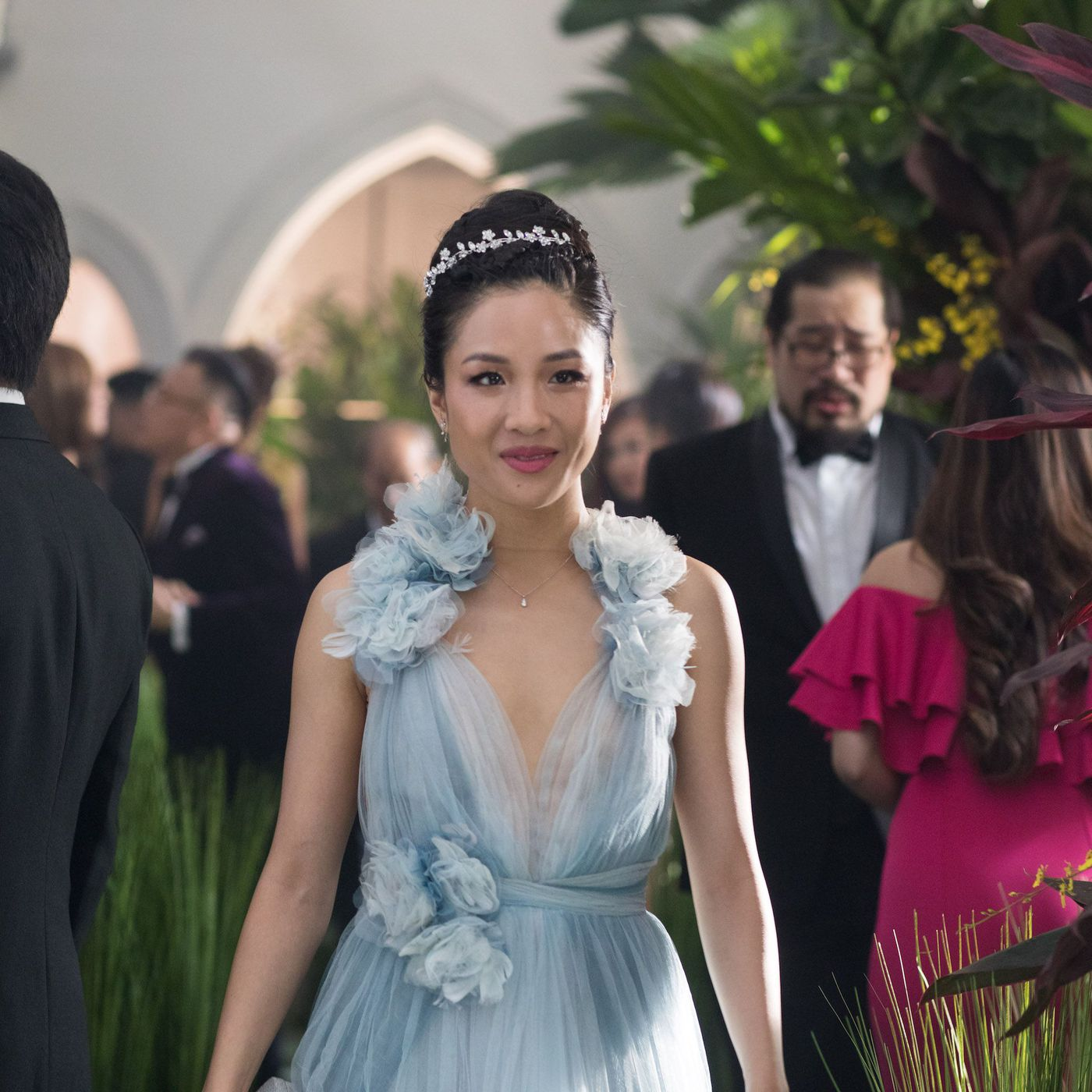 Crazy Rich Asians Trailer Gives Oceans 8 A Run For Its Fashion Money Racked