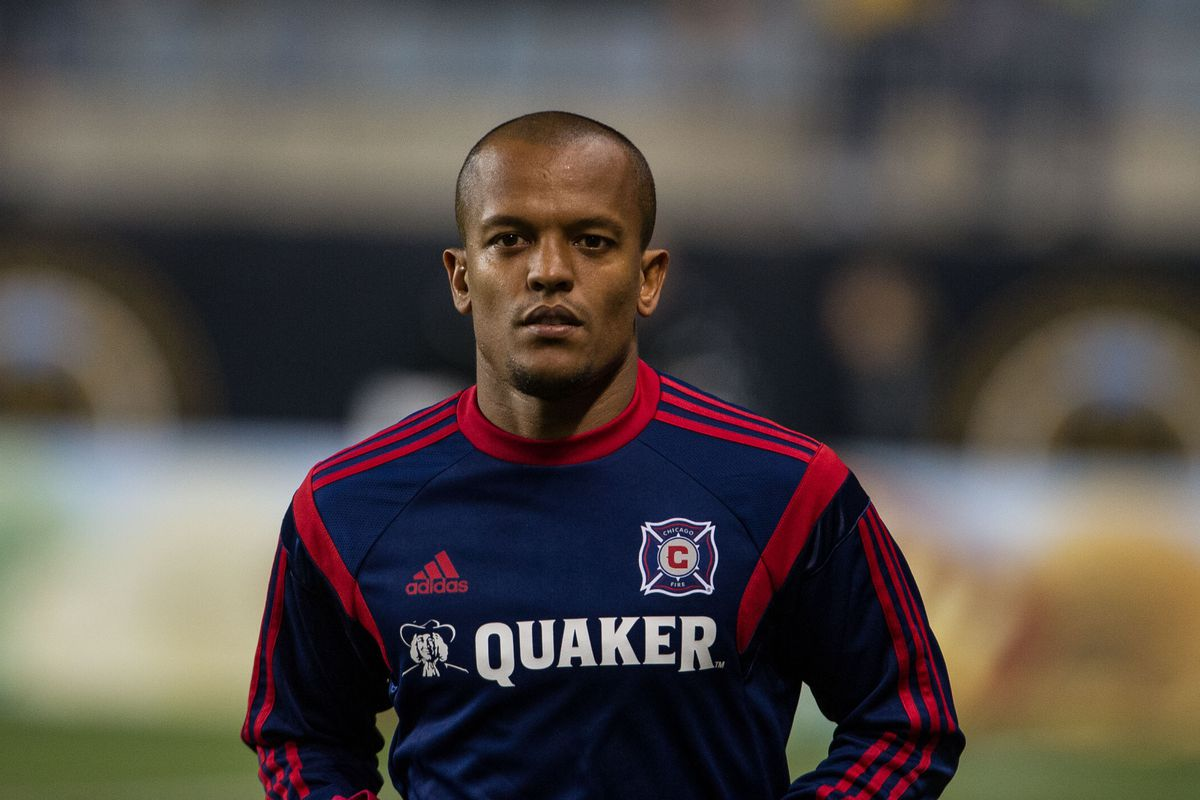 Did you know Robert Earnshaw played briefly for Chicago? I'd completely forgotten about it until I read his Wikipedia page.