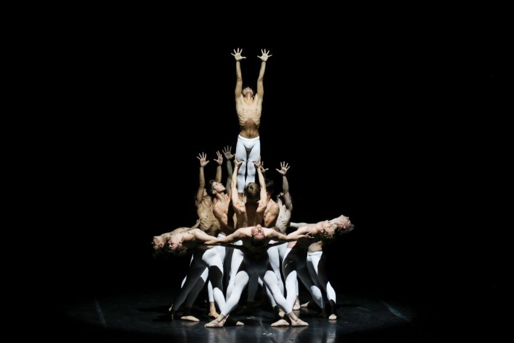 """""""Third Symphony of Gustav Mahler,"""" choreographed by John Neumeier, was performed by the Hamburg Ballet at the Harris Theater for Music and dance. (Photo: Holger Badekow/Hamburg Ballet)"""