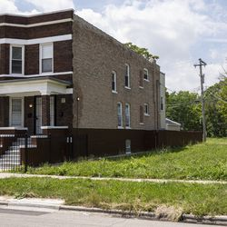 A vacant lot sits in the 6400 block of South Honore Street in Chicago's Englewood neighborhood on the South Side, Wednesday, July 3, 2019.