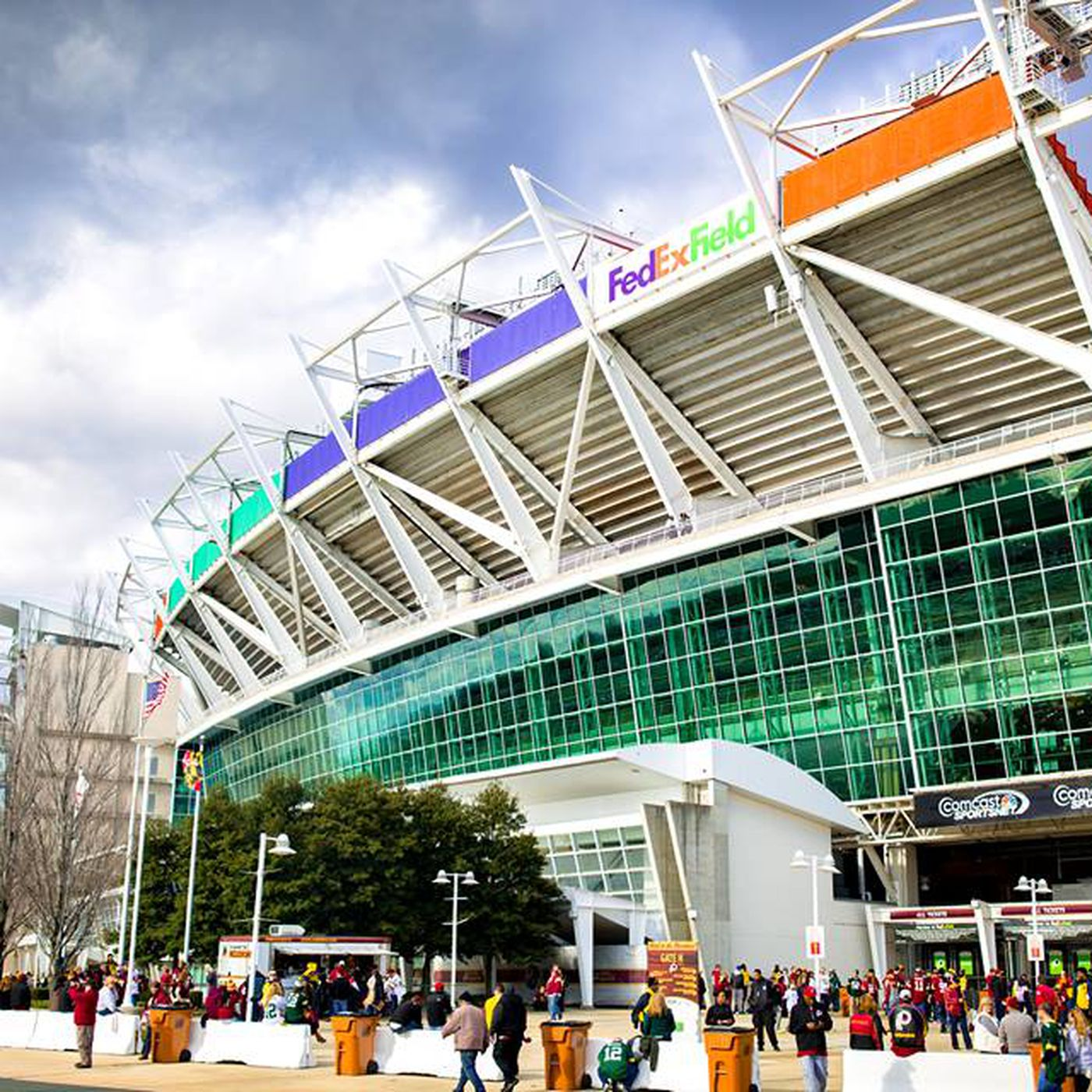 What To Eat And Drink At Fedex Field Eater Dc