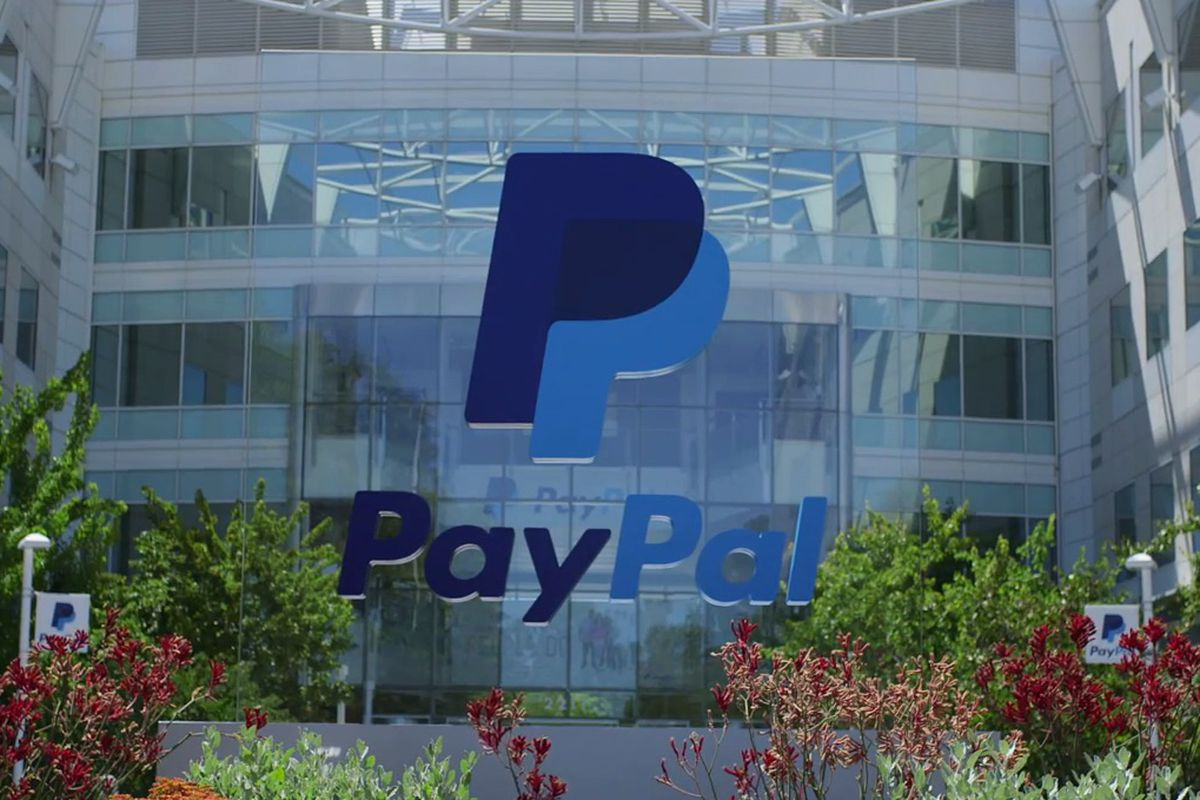 PayPal stuck with $25 million in fines for signing users up