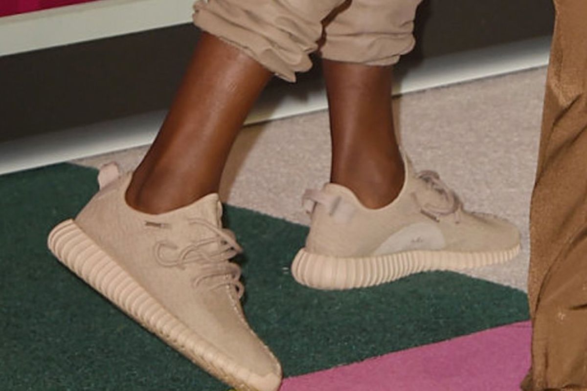 new style 044af 1db07 These LA Shops Will Release Kanye's Yeezy Boosts in Tan Next ...