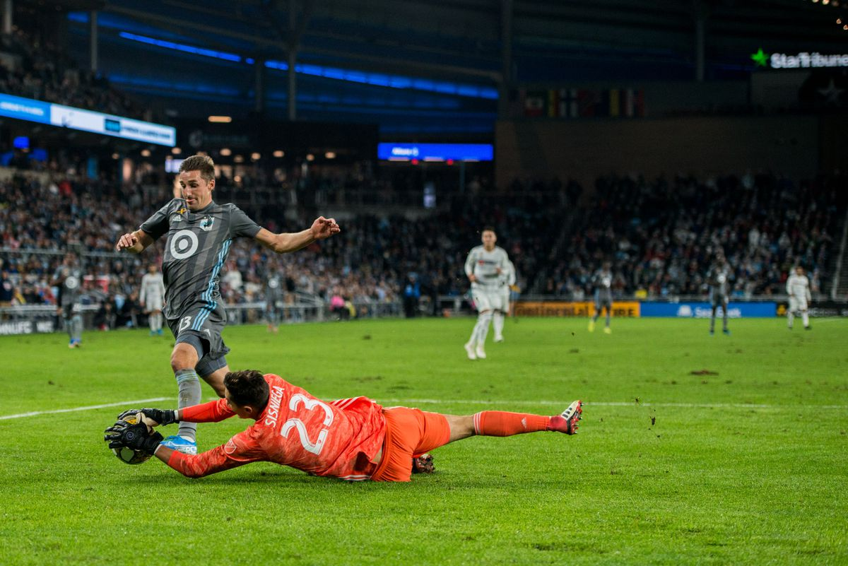 September 29, 2019 - Saint Paul, Minnesota, United States -Ethan Finlay tries to get past Pablo Sisniega during an MLS match between Minnesota United and Los Angeles Football Club at Allianz Field (Photo: Tim C McLaughlin)