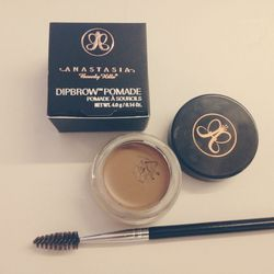 """I'm testing out a brow pomade by <b><a href=""""http://www.anastasia.net/ABH-Dipbrow-Pomade.html"""">Anastasia Beverly Hills</a></b>. It's INTENSE. This is the lightest color! I really love it, but am going to need some practice applying it."""