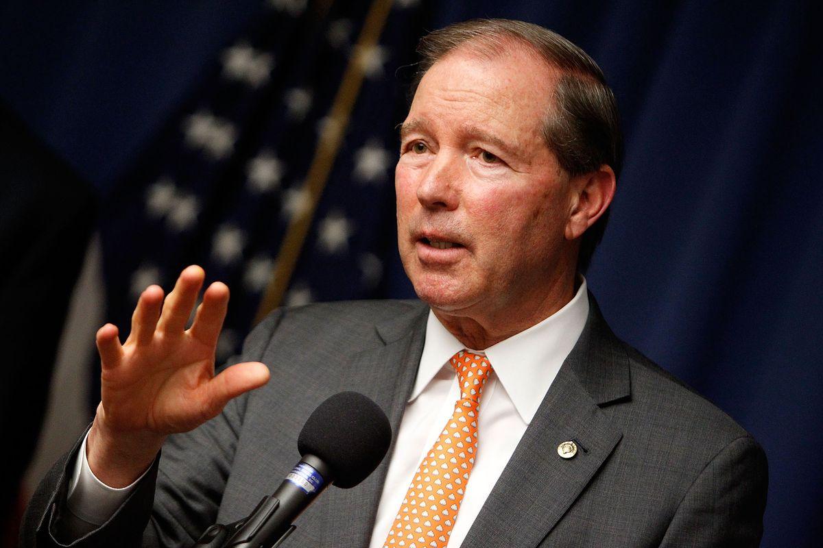 Senate Democrats join the push for sweeping anti-corruption legislation