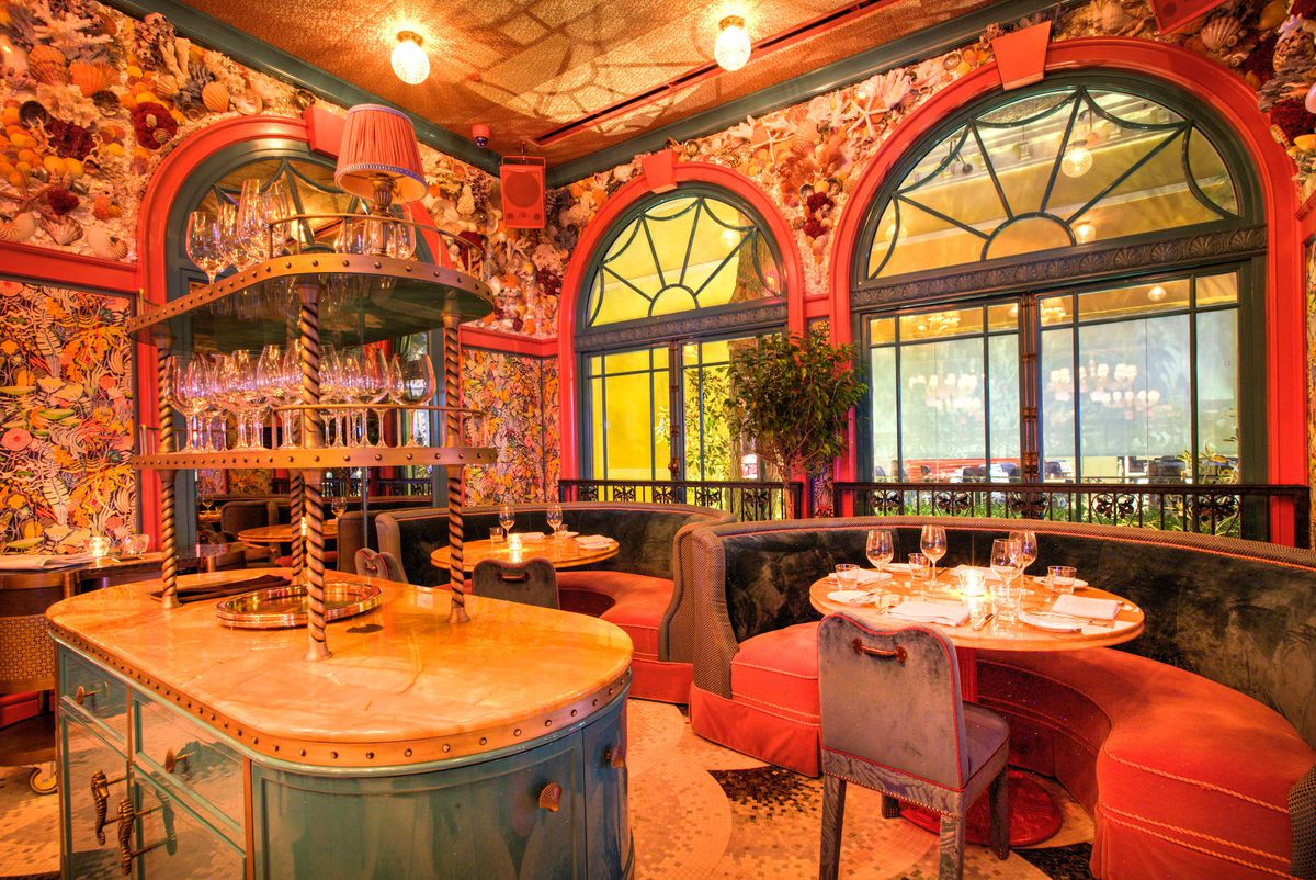 The dining room near the Fountains at Bellagio inside The Mayfair Supper Club