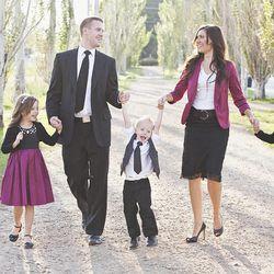Trevor and Jenna Farnes with their children Hallie, 10; Kenzie, 7; and Beckham, 5.