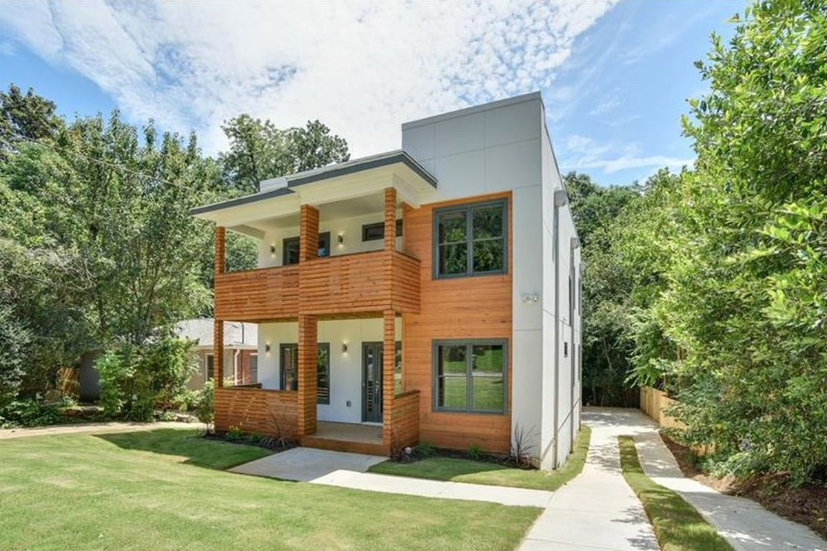 A new modern house for sale in Atlanta's Ormewood Park.