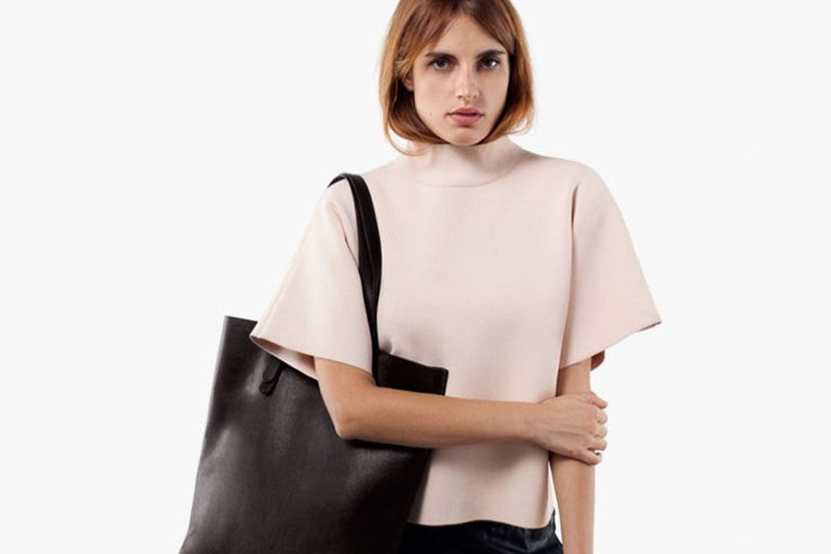 You Must Be On Everlane S Waitlist To The New Leather