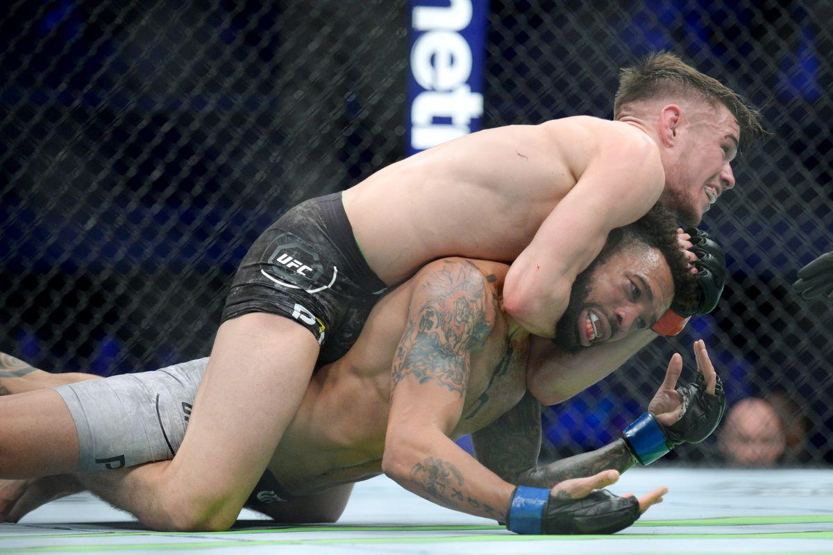 MMA: UFC 232-Wood vs Ewell