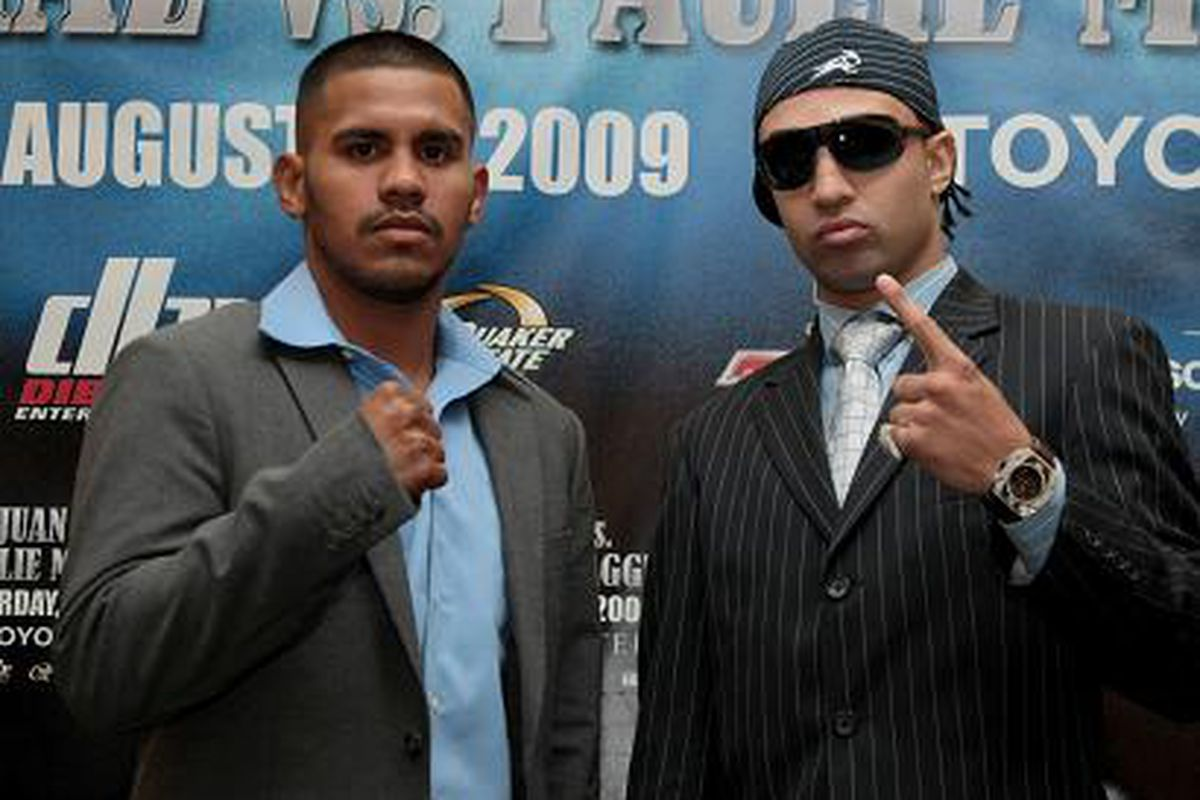 """Juan Diaz and Paulie Malignaggi are both on weight for their bout tonight in Houston. (Photo via <a href=""""http://www.notifight.com/artman2/uploads/3/Diaz_MalignaggiPC_Hoganphotos_5_.JPG"""">www.notifight.com</a>)"""