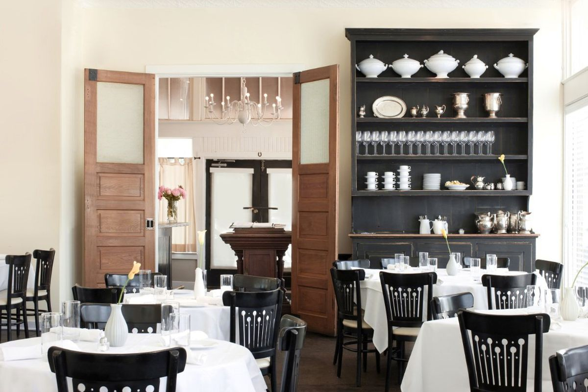 The dining room at Hattie's in the Bishop Arts District
