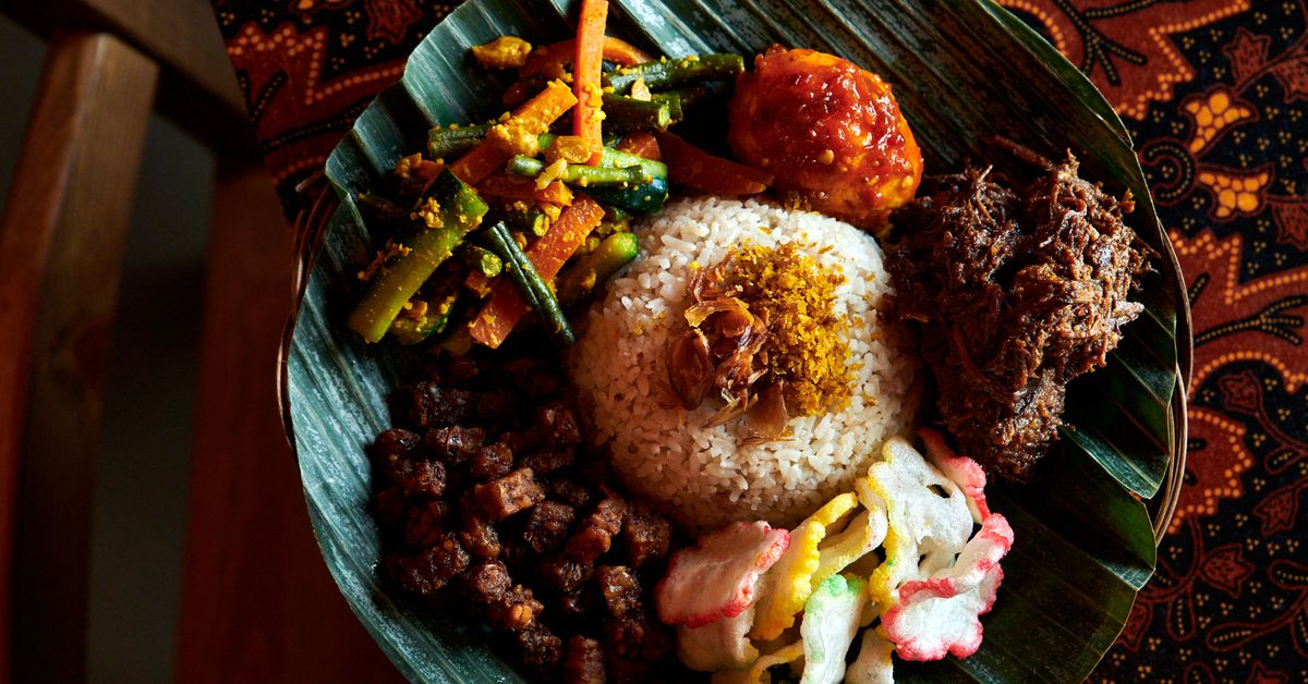A Dish-By-Dish Guide to an Ideal Indonesian Feast at Wajan