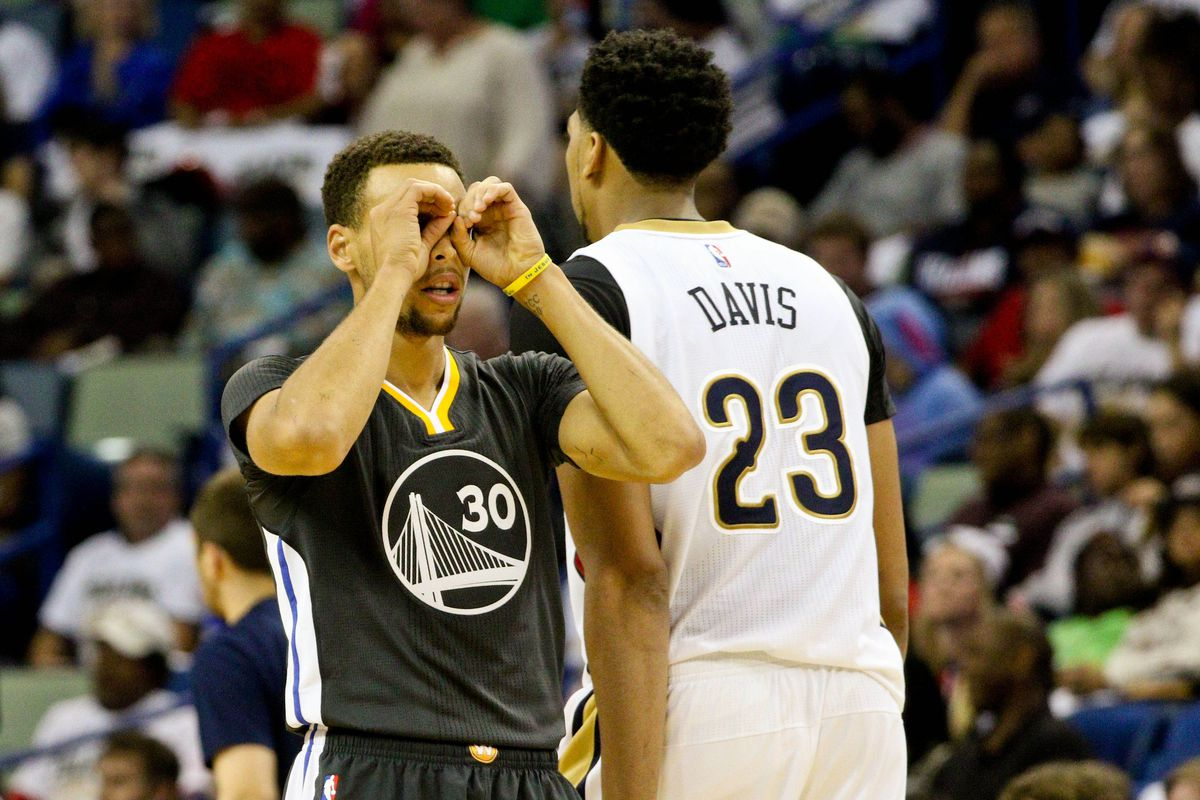 Curry has vision.
