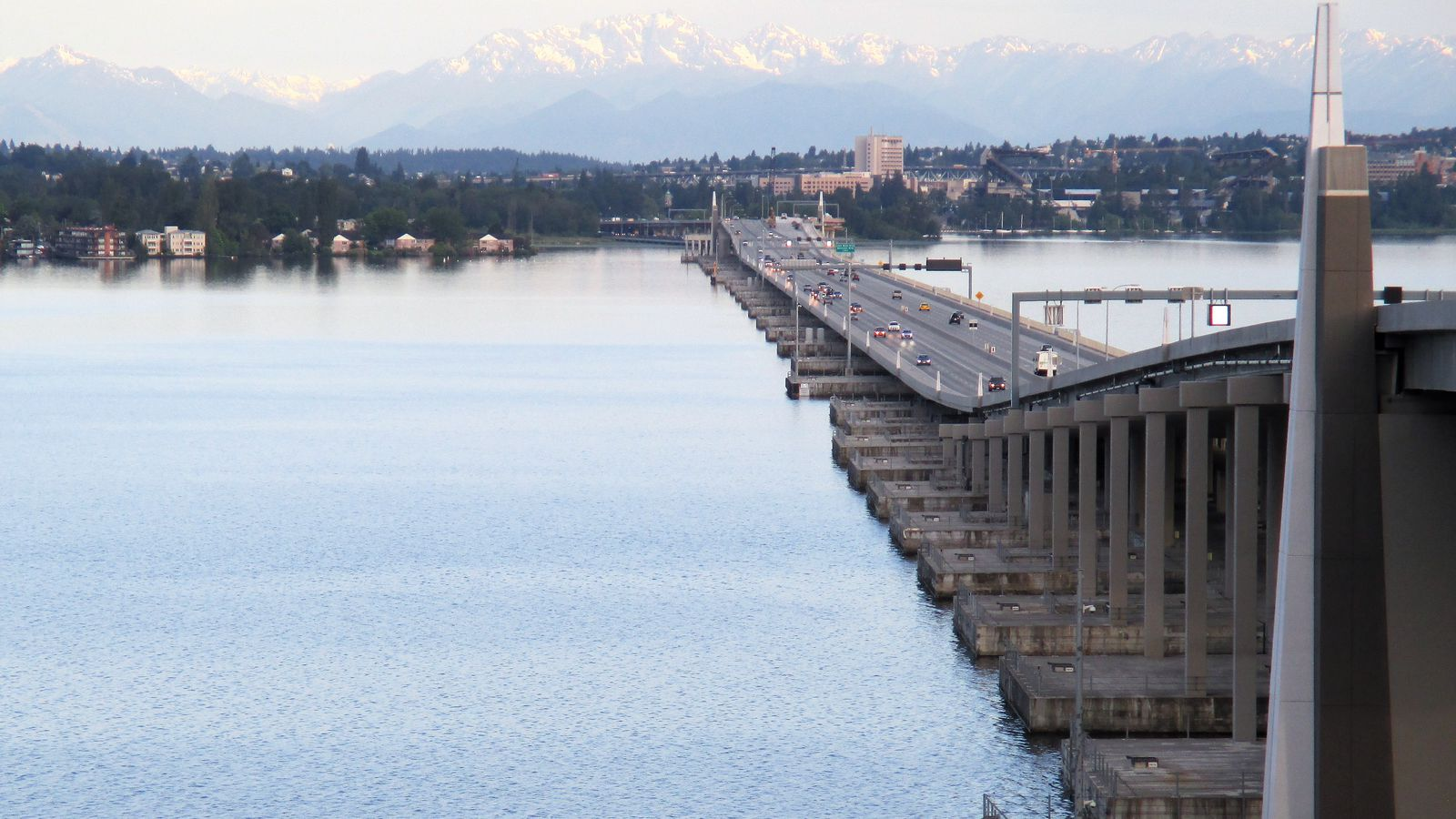 seattle weekend traffic the 520 bridge will be closed curbed seattle. Black Bedroom Furniture Sets. Home Design Ideas