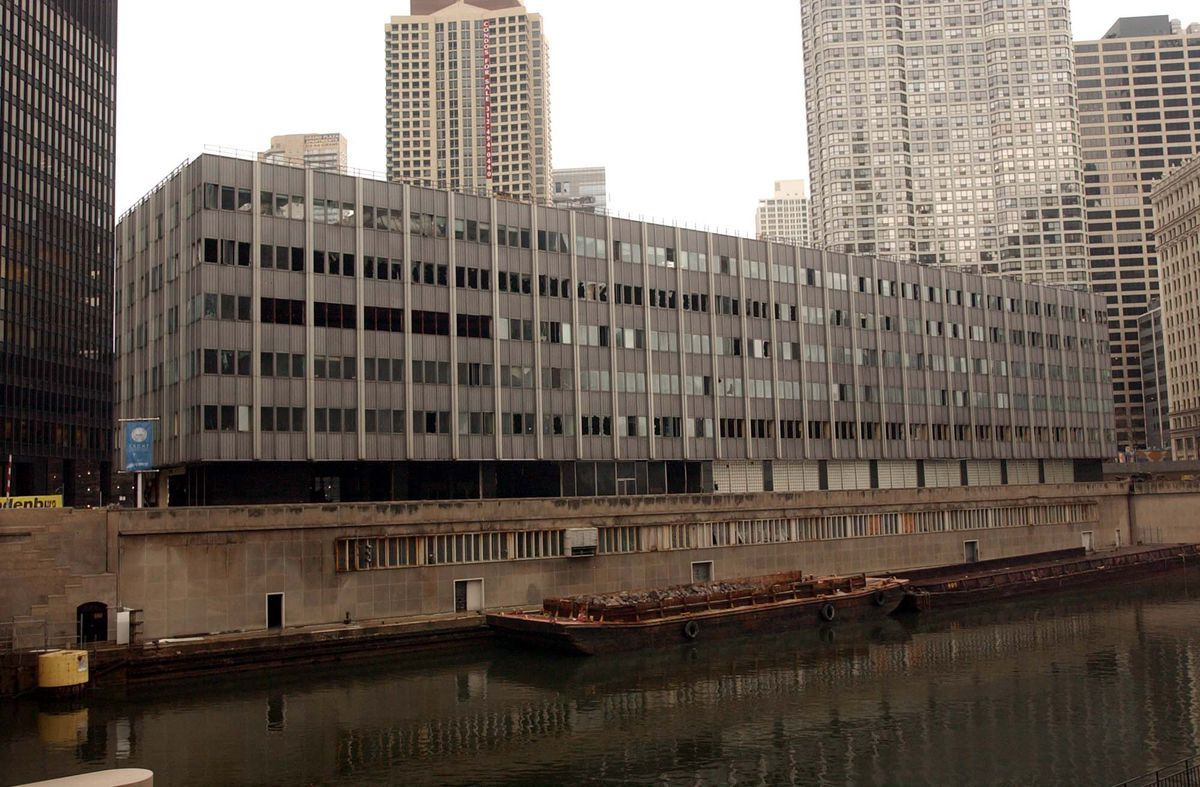 The Sun-Times Building at 401 N. Wabash Ave. as it was being demolished in 2005 to make way for Trump Tower.