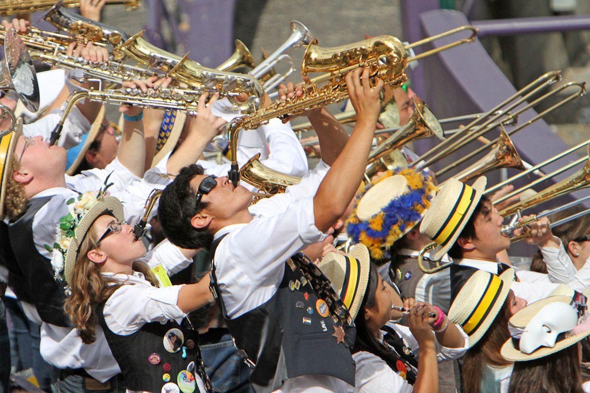 """via <a href=""""http://www.calbearsonline.com/photos_galleries/cal_bears_football/2011/cal_football_photos/index.html#Cal_Band_11-0924_122858"""">www.calbearsonline.com</a>"""