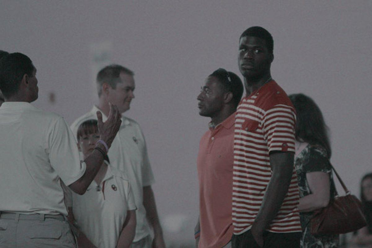 """via <a href=""""http://vmedia.rivals.com/uploads/895/1100397.jpg"""">vmedia.rivals.com</a>"""