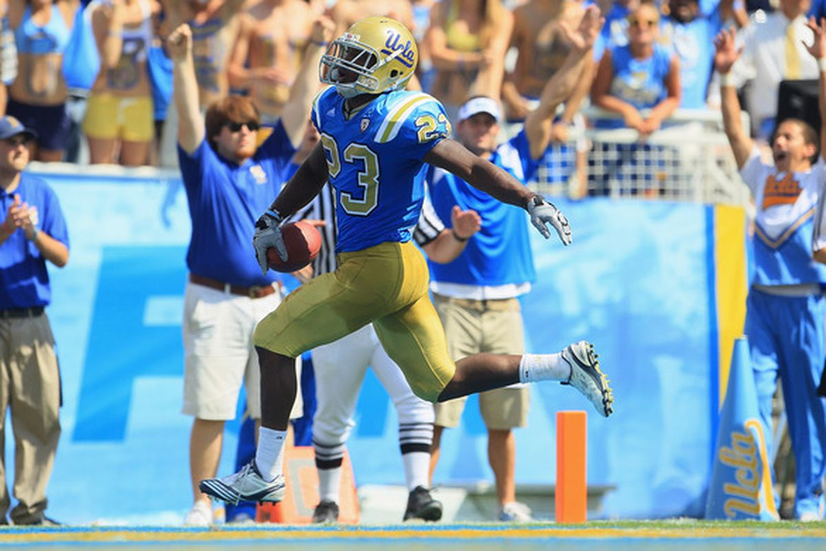 Kick-off time. GO BRUINS.  (Photo by Jeff Gross/Getty Images)