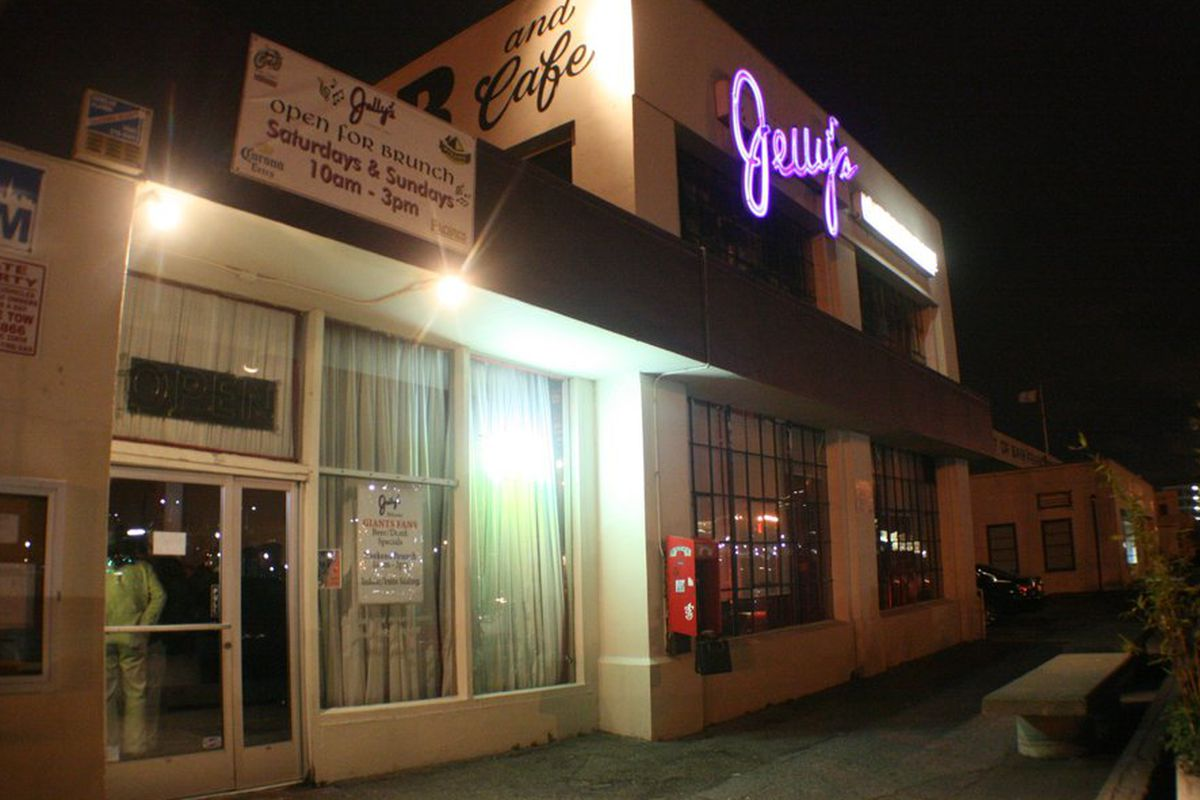 Jelly's will transform into ATwater TAvern.