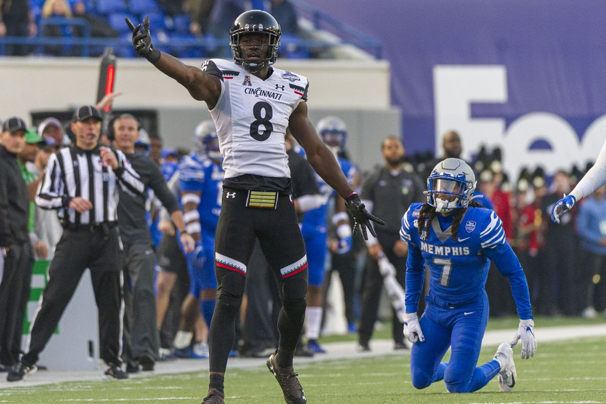Mistakes and Miscues Plagued Cincinnati in AAC Championship Game Loss