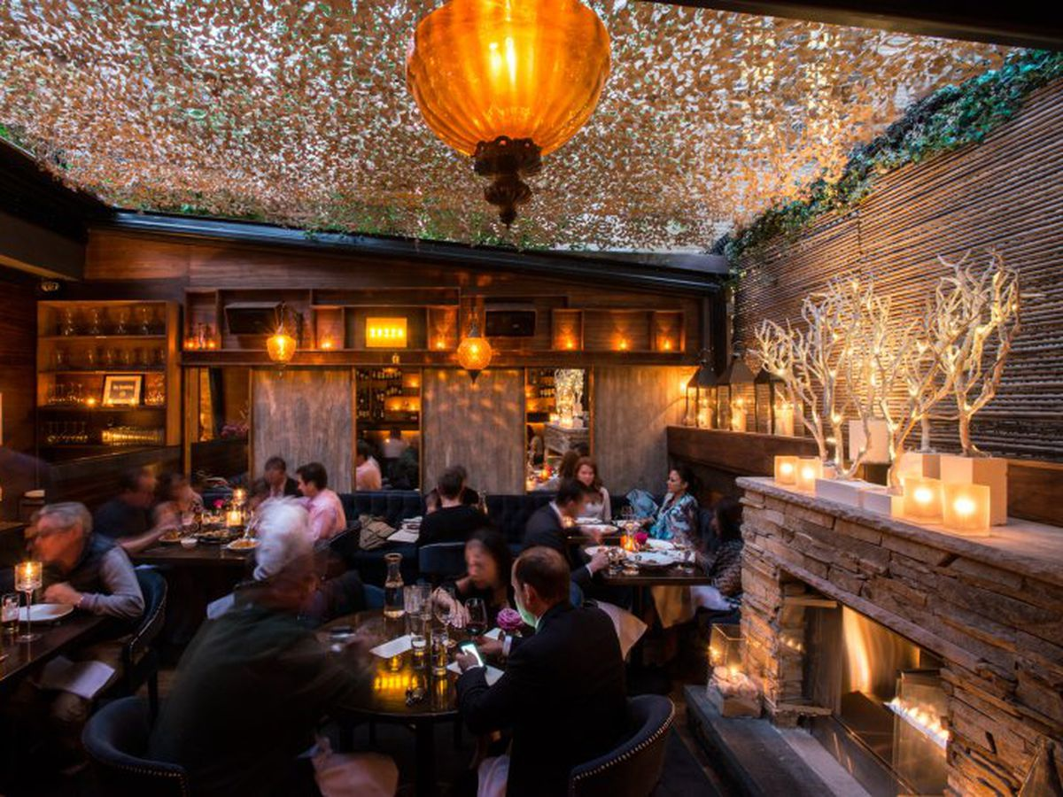 17 Solid NYC Restaurants With Fireplaces