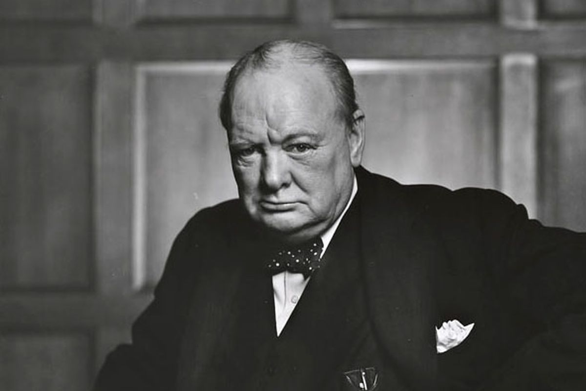 lost winston churchill essay reveals his thoughts on alien life winston churchill in 1941
