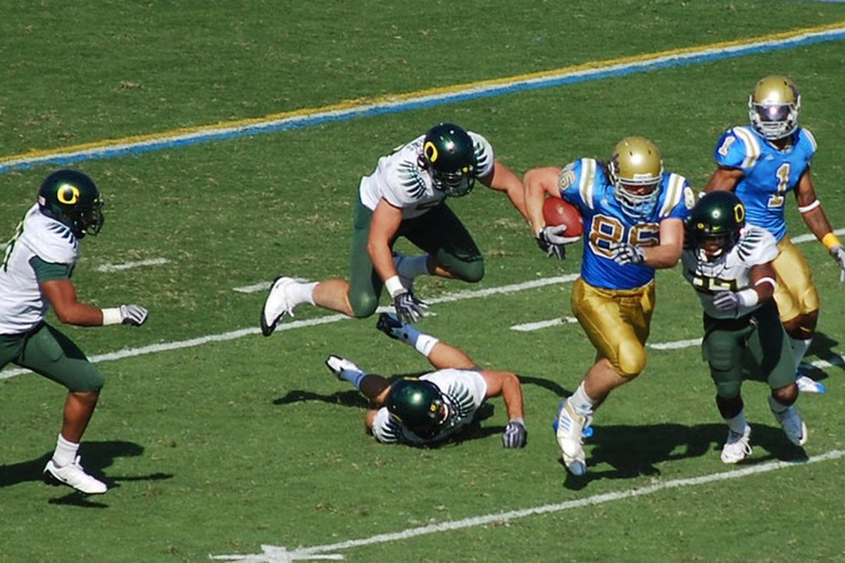 <em>Would love to see big plays from Paulsen, showing leadership early on at the Rose Bowl today. Photo Credit: Telemachus</em>
