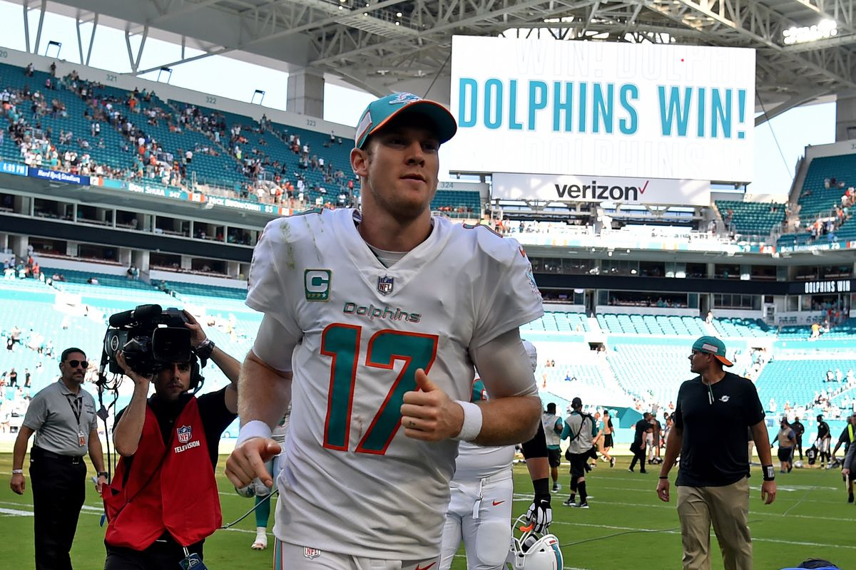 NFL: Oakland Raiders at Miami Dolphins