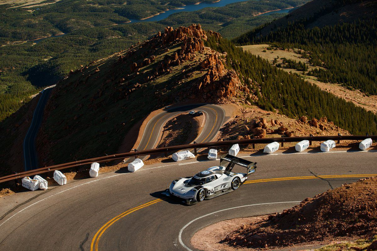 volkswagen s ev racecar just broke records during this year s pikes peak hill climb the verge. Black Bedroom Furniture Sets. Home Design Ideas