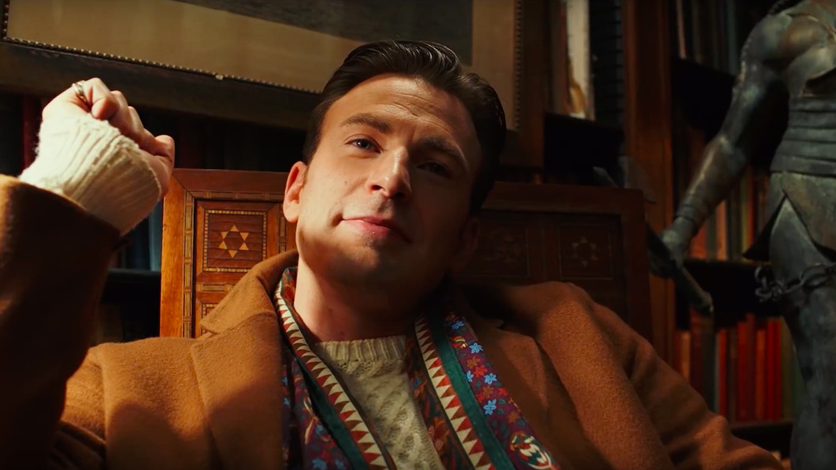 chris evans looks like a smug a-hole in Knives Out
