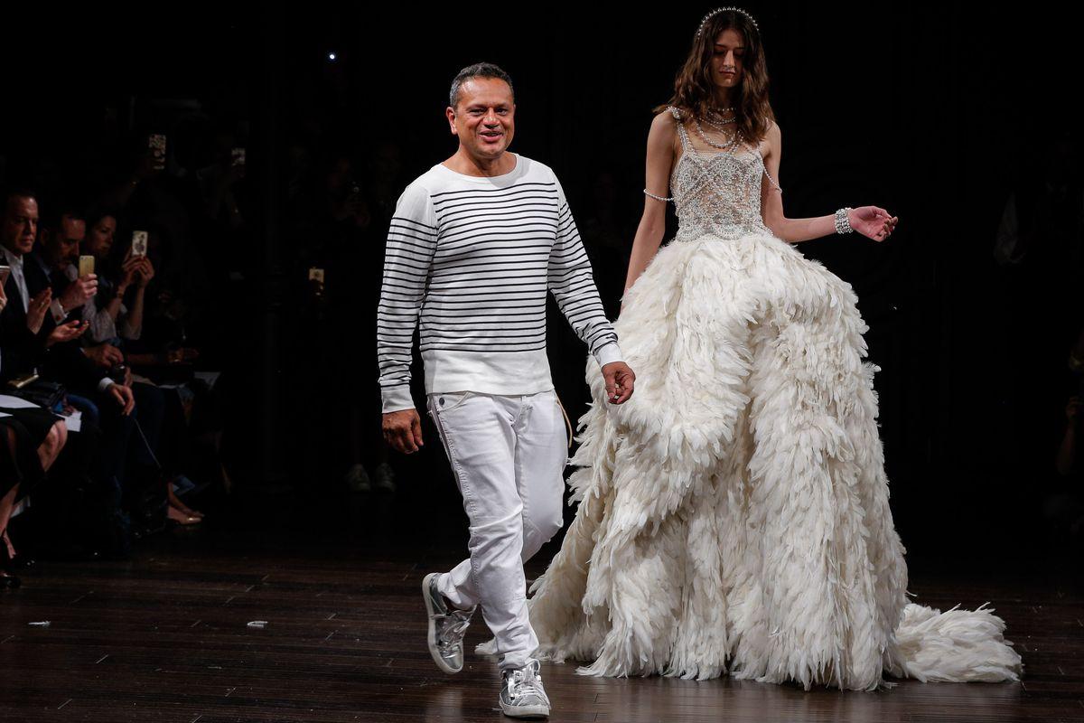 Naeem Khan - Runway - New York Fashion Week: Bridal April 2017