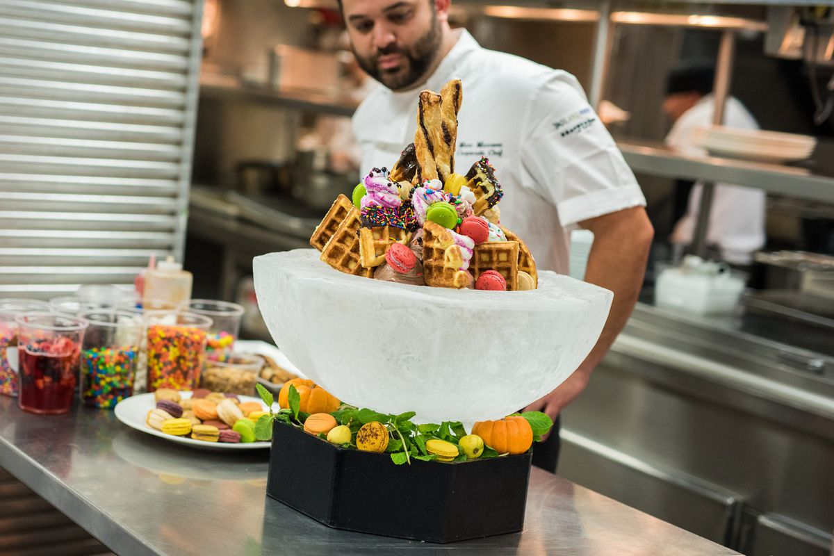 Lavo's Party Brunch ultimate sundae