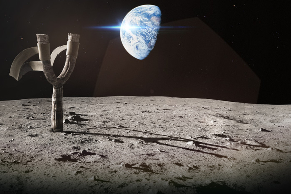 Angry Birds Space Slingshot on Moon